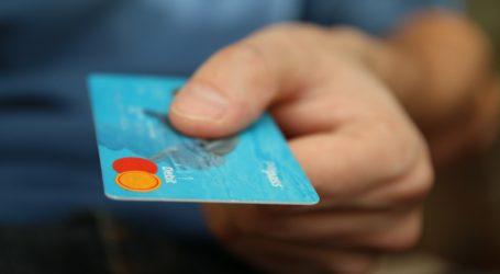 Paiements par carte: très forte croissance en juillet (CMI)