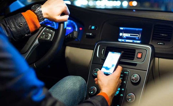 smartphone volant code de la route 5 juillet 2016 Service public