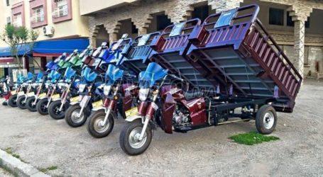 Vignette : les motos et triporteurs passent à la caisse