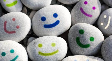 Yoga du rire : une école dédiée chez Oxygen Wellness