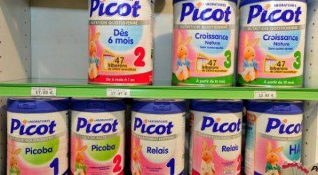 Lait bébés contaminé: la vente suspendue, les produits retirés