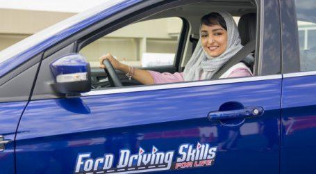 Ford marque un grand moment dans l'histoire avec le lancement mondial de Ford Driving Skills for Life pour Elle en Arabie Saoudite