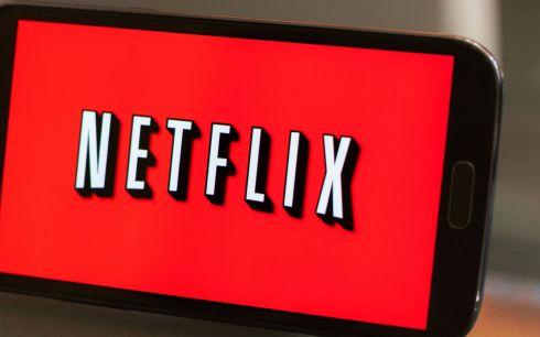 Netflix commande une série basée sur la légende du roi Arthur — Cursed