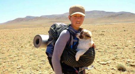 A 14 ans, Ilyan sillonne le Maroc à pied