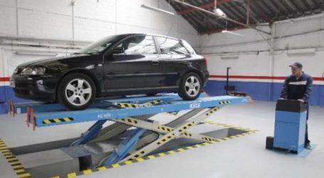 Automobiles: les contrôles techniques reprennent ce vendredi