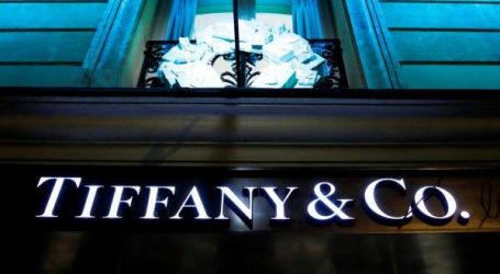 Luxe : Tiffany & Co poursuit LVMH en justice